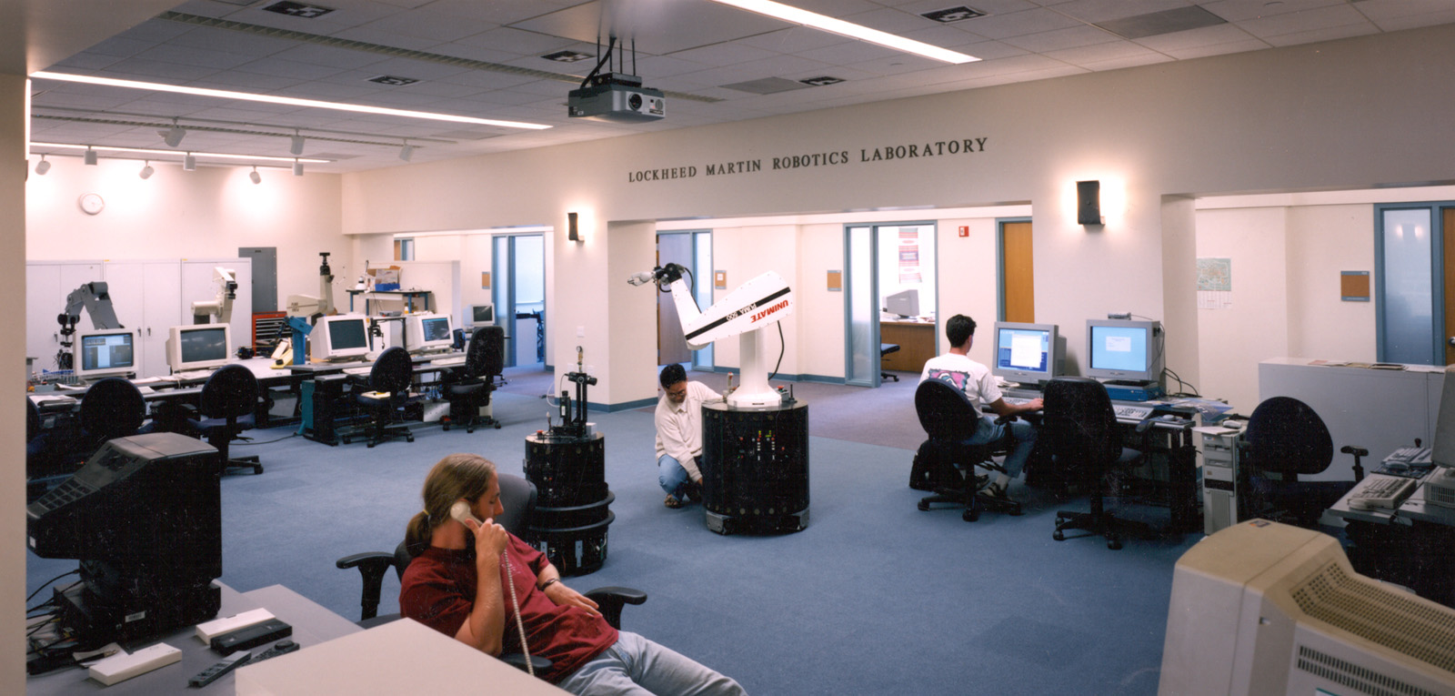<p>Robotics Lab in the Gates Computer Science Building, Stanford University (RAMSA, 1996). Photograph Peter Aaron / OTTO, 1996.</p>