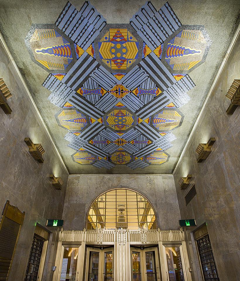 <p><span><span><span><span>Ornate bronzework and a vibrant ceiling mosaic greet visitors of Two Park Avenue. Photograph Leopoldo Villardi, 2017.</span></span></span></span></p>