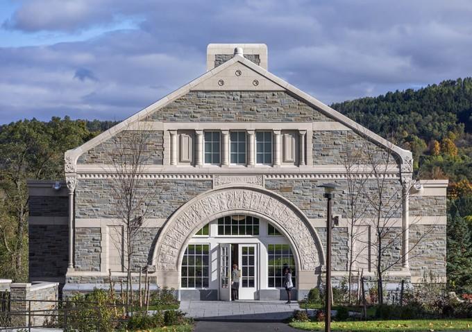Benton Hall Career Service Building
